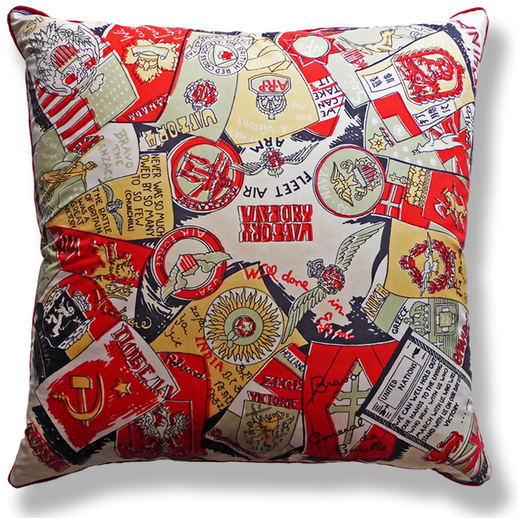 red graphic vintage cushion 548